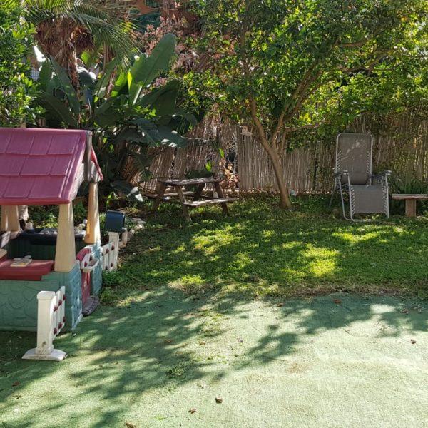 למכירה דירת גן 4 חדרים בשכונת לב הפארק